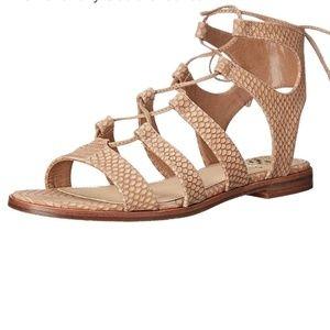 Vince Camuto Gladiators sandals